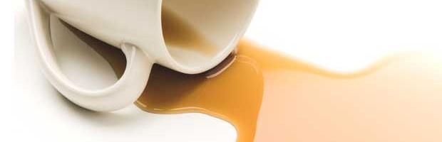 Astuces pour enlever une tache de café ou de thé
