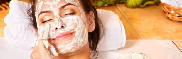 les meilleures recettes naturelles contre les points noirs. Black Bedroom Furniture Sets. Home Design Ideas