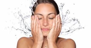 eau tonique maison pour peau sèche