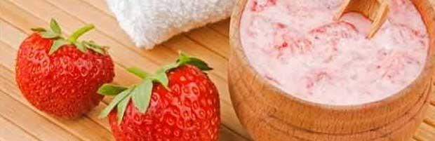 Démaquillant doux à la fraise