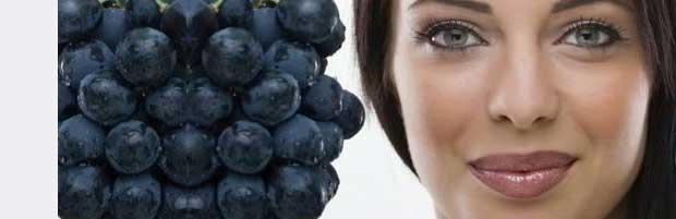 Masque visage anti-âge aux raisins noirs